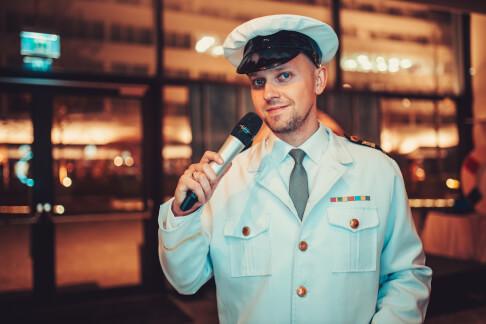 Konferansjer jako Kapitan Statku 226