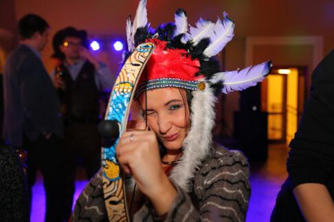 Indianka na balu karnawałowym 70