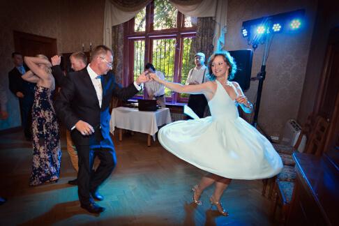 DJ na przyjęcie weselne - Joanna i Jakub - Izby Lekarskie - Łódź 29