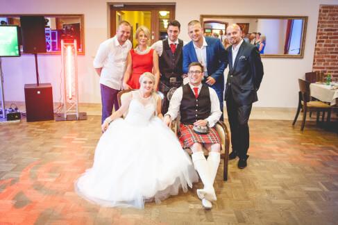 Para Młoda, świadkowie oraz DJ-e na weselu polsko-szkockim 59